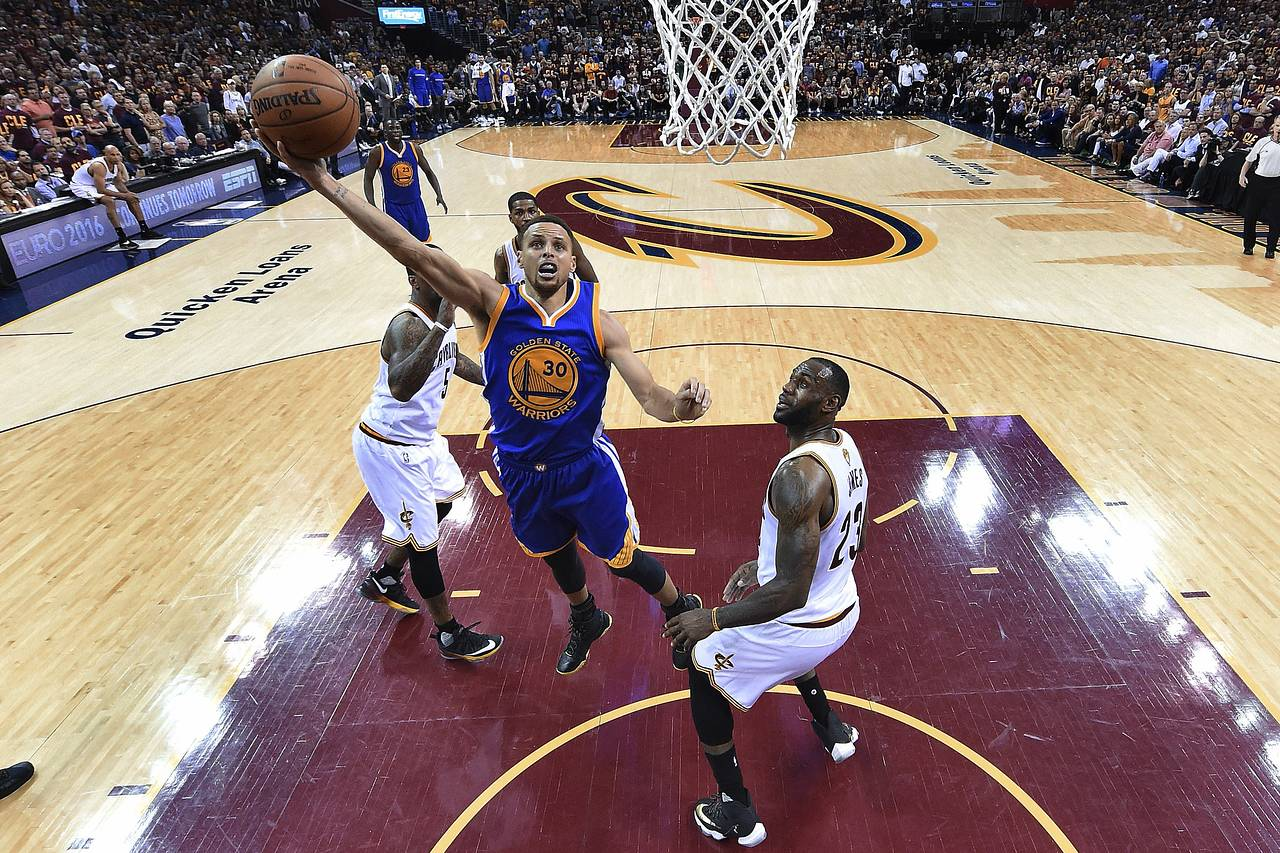 WTF? 2 COURTSIDE SEATS FOR DUBS-CAVS GAME 7 GO FOR $99,000 ...