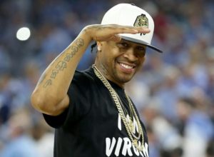 f0b97abad CHECK OUT SIXERS LEGEND ALLEN IVERSON AT THE GAME