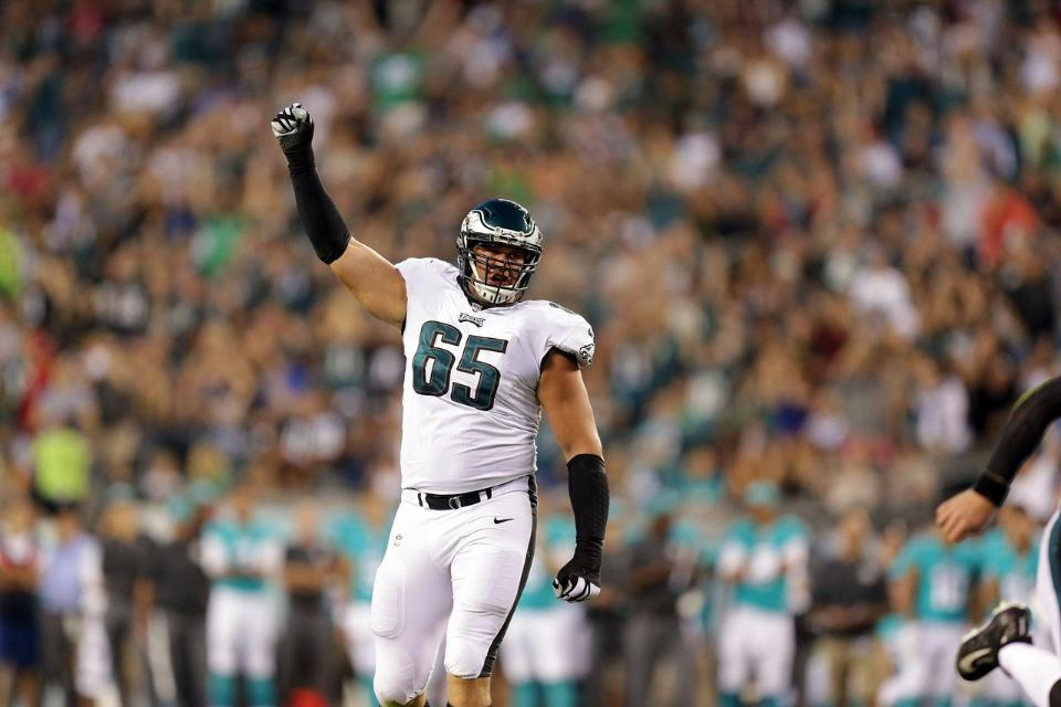 75e273c61ed EAGLES LANE JOHNSON DOUBLES DOWN ON FREE-BEER-FOR-SUPE-WIN! | Fast ...