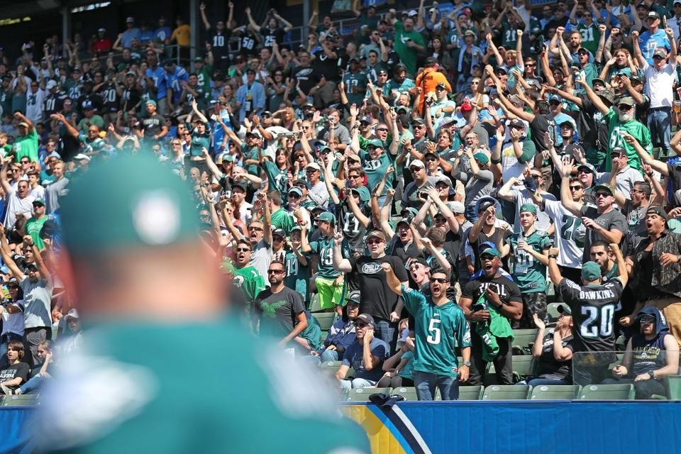 Watch Eagles Nation Transform Stubhub Into A Home Game